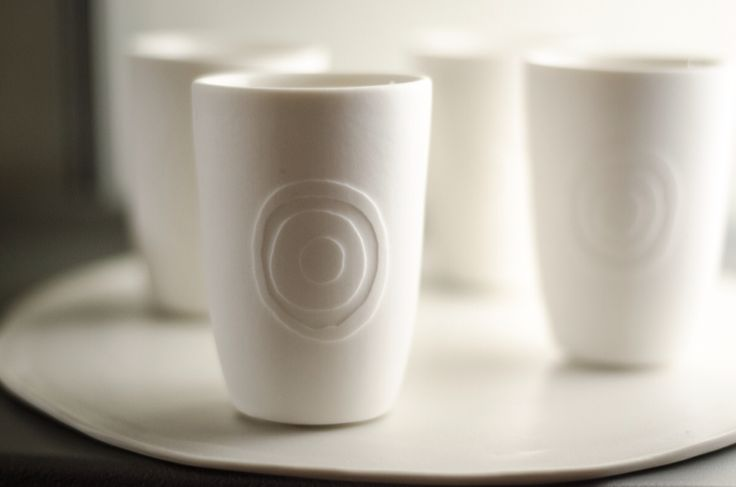 Porcelain cups, handmade on the potterswheel