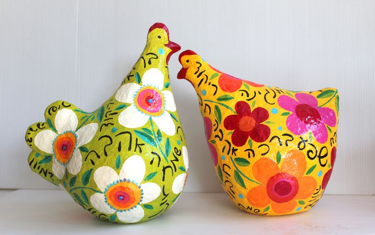liatart.com  Valentine day chickens in love , hand peinted paper mache sculptures.