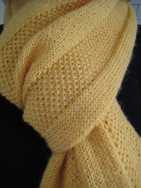 Free knitting Pattern: Golden Windowpane Scarf by Hannah Ingalls (large scarf that could have many functions like a shawl)
