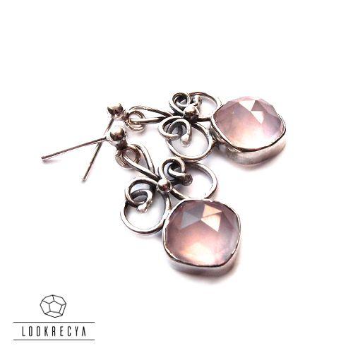 Subtle earrings