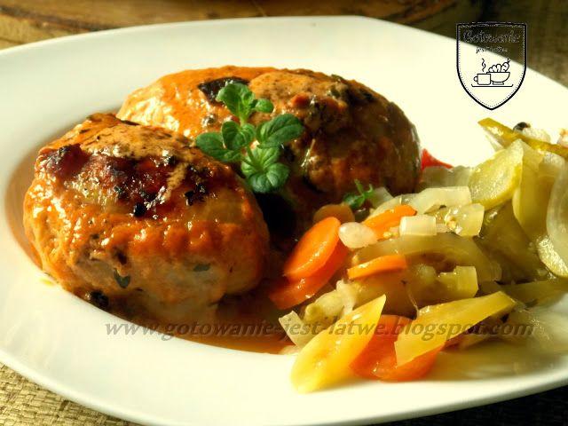 Gotowanie jest łatwe: Skórki z kurczaka faszerowane i zapiekane