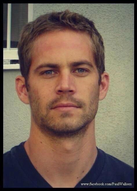 Paul Walker R.I.P seriously he will forever be so beautiful :(