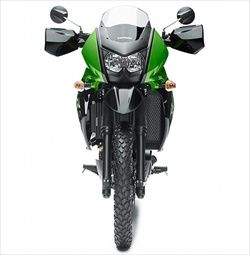 The sale is on its way 2014 KLR 650 dual purpose bikes ready to accommodate all riders who plan to start the season on the way forward, this model provides effective wind protection for increased long-distance comfort, and their service is the engine of the four-stroke, DOHC , four-valve, 651cc, ...