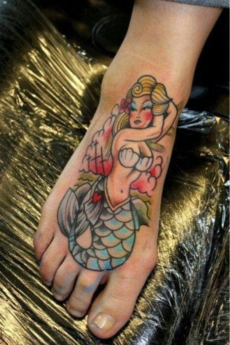 Tattoo old school traditional nautic ink mermaid for Mermaid tattoos pinterest