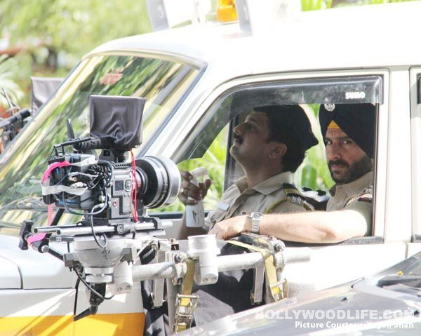 LEAKED! Saif Ali Khan's turban clad look from his Netflix series Sacred Games – view pics #FansnStars