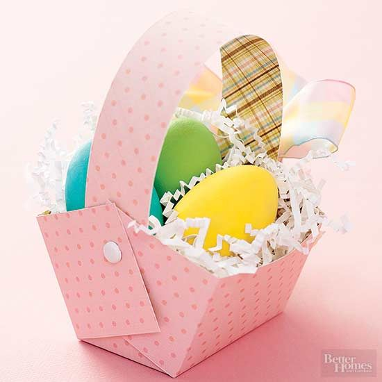 Get the family together to craft these fun, simple Easter baskets, then fill them with treats or use as decorations. Some of the baskets are reusable, some are the perfect kid Easter basket, and some are just meant for an Easter day display. Try our Easter basket ideas this year for your Easter egg hunt or visit from the Easter bunny.