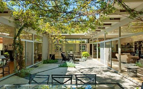 Architecture Breathtaking Mid Century Home Sits On Glacial Valley Unique Blog Courtyard House Plans Modern Courtyard Courtyard House