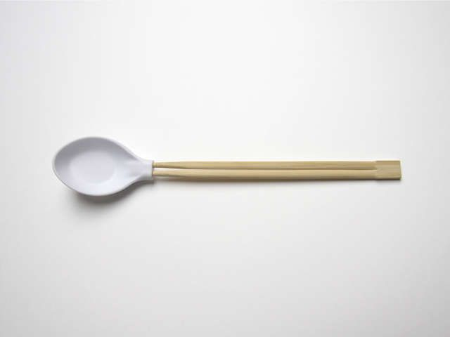Spoon Plus - The Spoon Plus is a utensil hybrid that functions as both a spoon and chopsticks. So if you've had a ton of trouble using chopsticks in the pa...