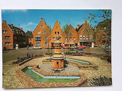 Rees am Niederrhein, Marktbrunnen, Café, Geschäfte, alte Autos, 1975
