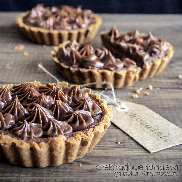 Przepis na pyszne, czekoladowe tartaletki - doskonały deser z okazji Dnia Czekolady!