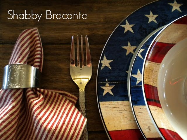 Colonial Americana-inspired table setting
