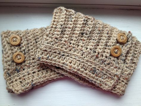 Great boot cuffs for crocheters.  Ravelry: Adjustable Boot Cuffs pattern by Laura Silva Worsted weight size H hook.