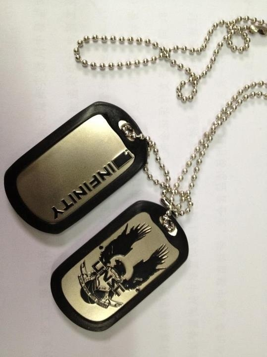 who makes oakley watches k9rm  Halo 4 dog tags