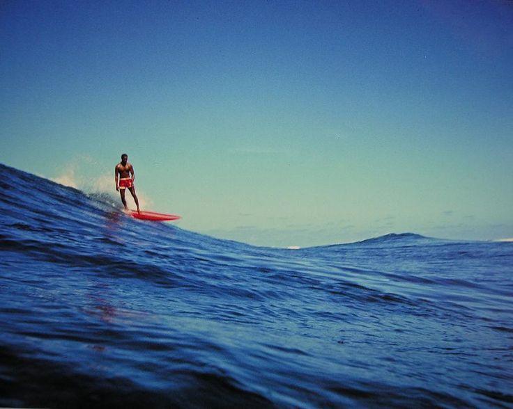 Leroy Grannis surfing photo