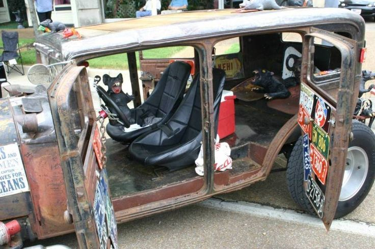 1930 Dodge rat rod interior.  Great 4 door design