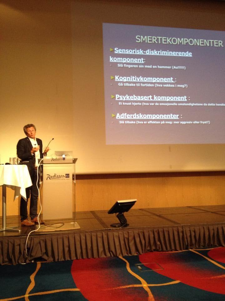 Dr. Pierre Volckman, Frankrigs ledende ekspert i smertebehandling, er den person der forestod de kliniske studier af smerteplastret Icewave i Frankrig på 5 hospitaler, hvor 94% af smerteramte patienter oplevede smertelindring.  Volckman stod da i spidsen af det, der kan betragtes som de franske sundhedsmyndigheder, altså en slags pendant til det amerikanske FDA. Dr. Volckmann er også medlem af utallige professionelle medicinske netværk.   #pierrevolckmann #læge #doktor