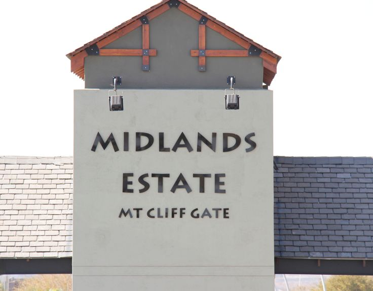 The Mt Cliff Gate is the second access / security gate to Midlands Estate in Midstream, Centurion, South Africa