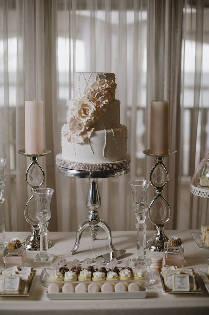 10 best Wedding Cakes We Love images on Pinterest Conch fritters - shabby chic küchen