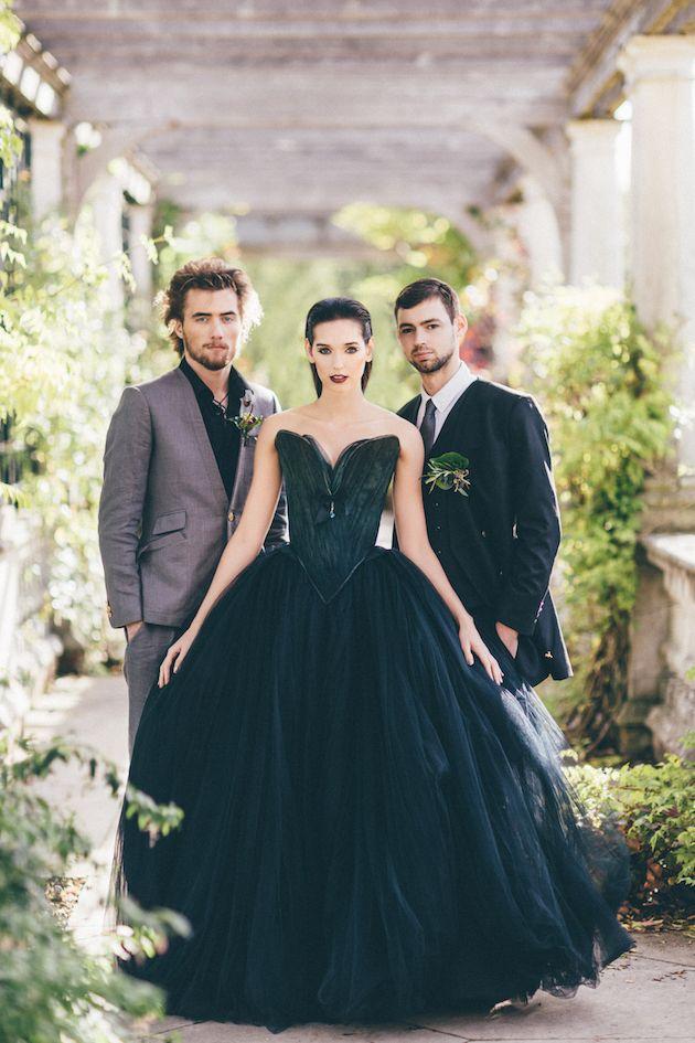halloween wedding inspiration sanshine photography charlotte munro bridal musings chantal mallett wedding - Halloween Wedding Gown