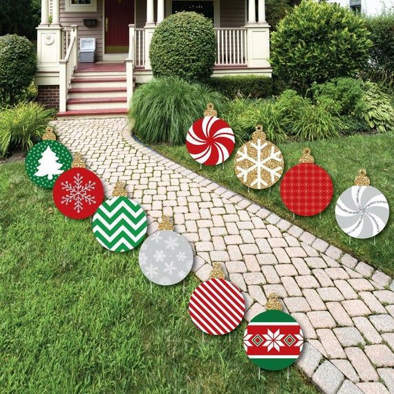 Black Red And Green Ornaments Lawn Decorations Outdoor Holiday And Christmas Yard Decorations 10 Piece Christmas Yard Decorations Christmas Decorations Diy Outdoor Grinch Christmas Decorations