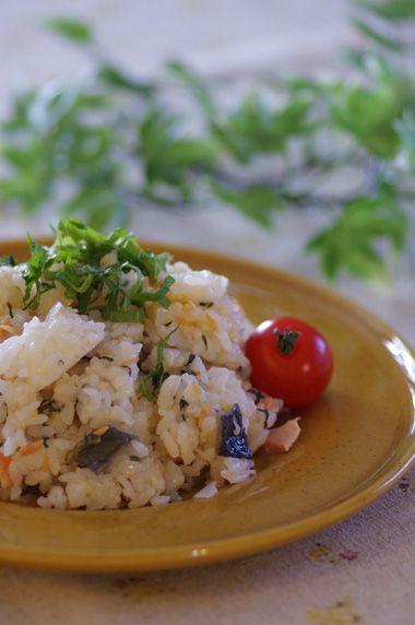 塩鮭とらっきょうのさっと混ぜご飯☆ | 美肌レシピ