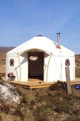 11. Lickisto Blackhouse, Isle of Harris, Scotland | 11 Breathtakingly Beautiful Campsites That Also Serve Really Delicious Food