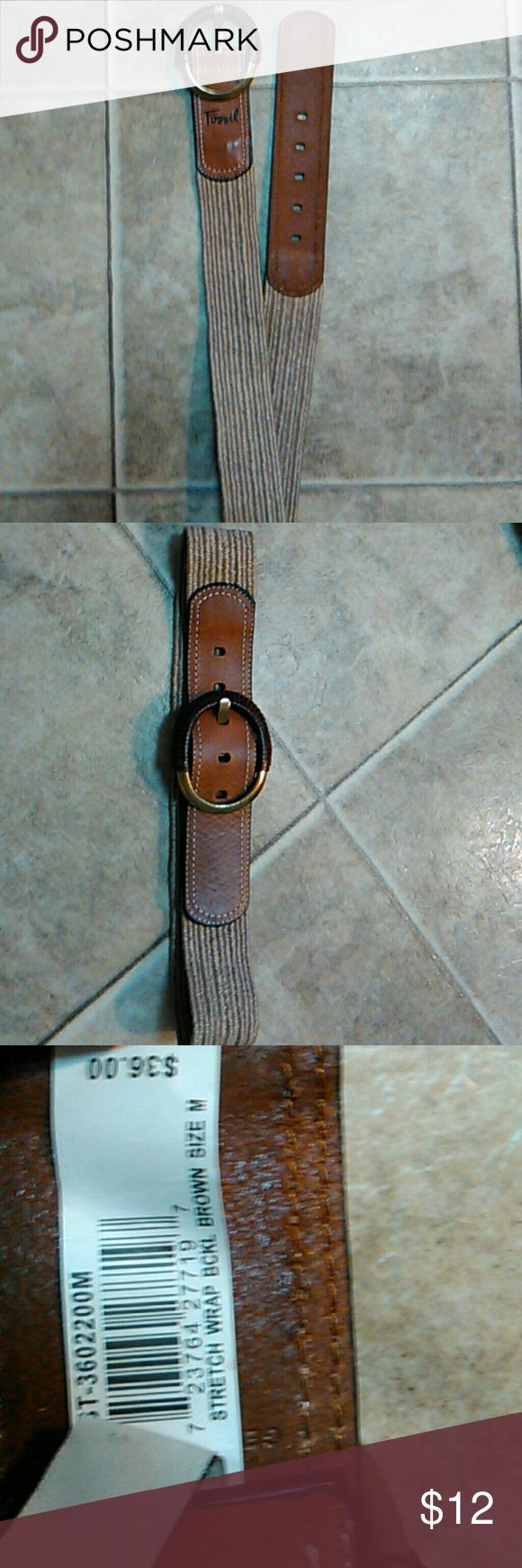 Women's Fossil size medium stretch belt nwt Women's Fossil size medium stretch belt nwt smoke free leather at buckle and tip Fossil Accessories Belts