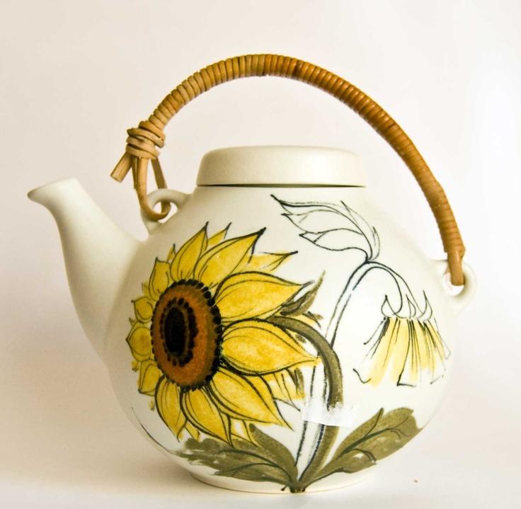 Arabia Finland, The Iconic Sunflower design