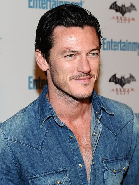 Luke Evans, you're about to see him a lot.Luke Evans Zeus, Hot Babes, Luke Evans The Raven, The Ravens, Luke Evans Hot, Yummy, Hot Actor, People, Hot Guys