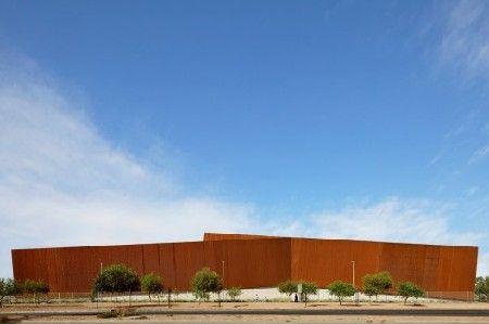 Nieuwe kantoorgebouwen voor Ferreteria OHiggins in Santiago de Chili