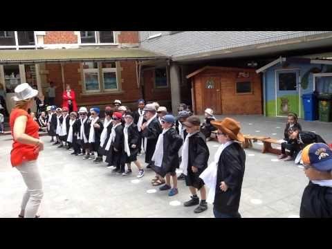 Diplomaviering dans ( basisschool (De zevensrpong)
