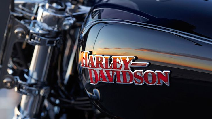 2014 Harley Davidson SuperLow 1200T touring features new 2014 Harley Davidson SuperLow 1200T Full Specs and Equipment