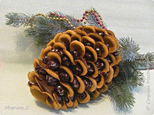 Свит-дизайн Новый год Моделирование конструирование Сладкая шишка Бумага гофрированная фото 1