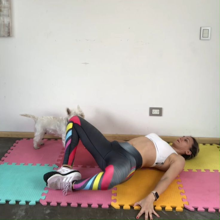 Feng Shui, Gym Workouts, Pilates, Training, Yoga, Wallet, How To Plan, Blonde Ombre, Sport