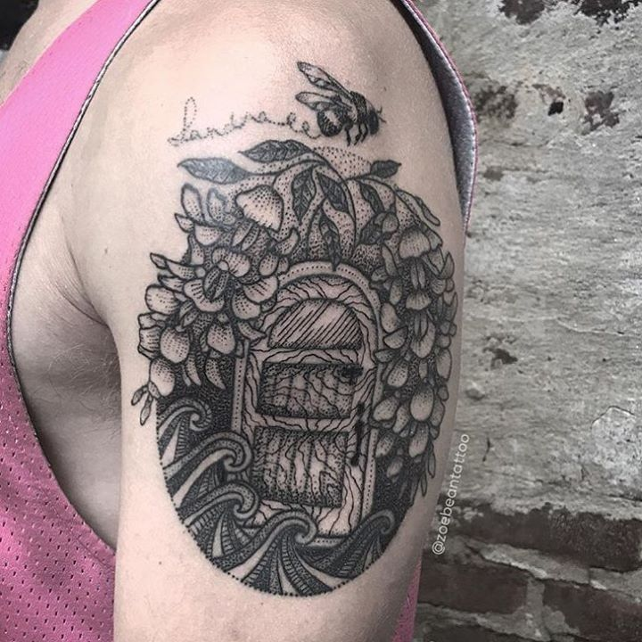 Best 25+ Sword Tattoo Ideas On Pinterest
