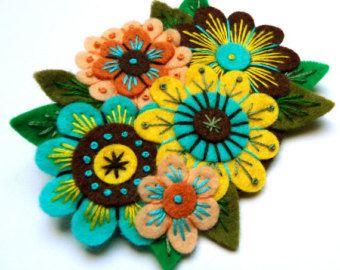 Style scandinave broche Bouquet VINTAGE broche en feutre avec de la broderie libre-
