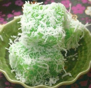 Pandan Sago Tapioca Kuih With Coconut recipes