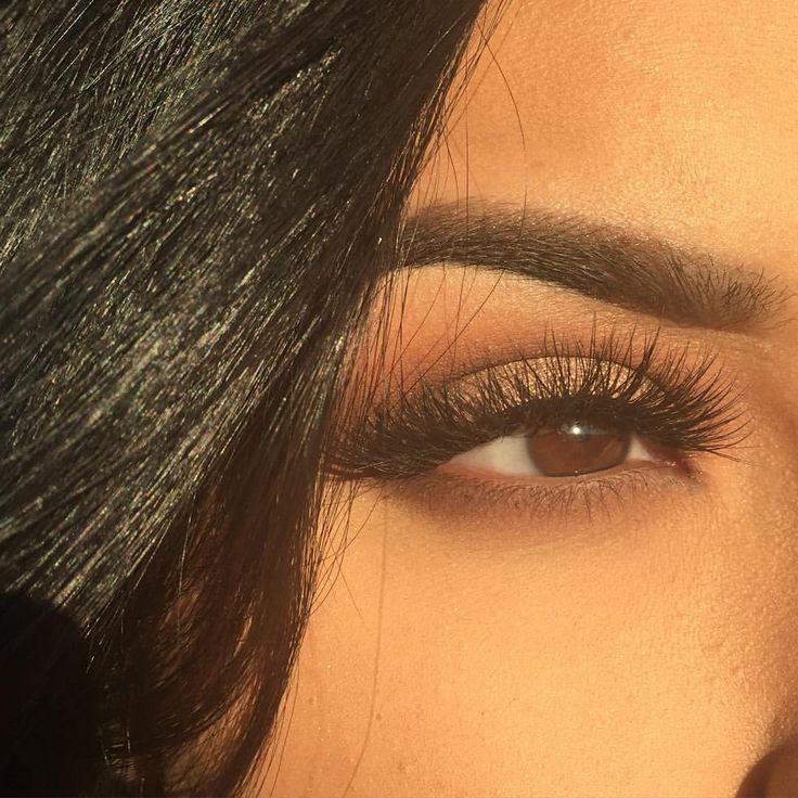 Eyelure grand glamour lash from vegas nay