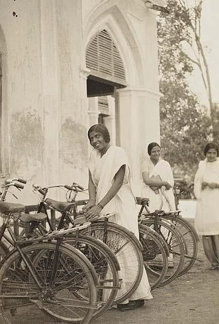 Girls with bicycles, Kinnaird College, #Lahore c. 1930s. My fictional character Miriam Richards would be teaching some of her India students who ride their bikes to school in the book I'm currently writing. VEILED AT MIDNIGHT.