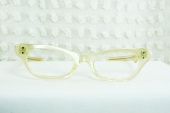 50s Cat Eye Glasses 1950s Womens Eyeglasses Cream Pearl Thick Squared Horn Rim Optical Frame NOS 48/20 Victory Optical USA