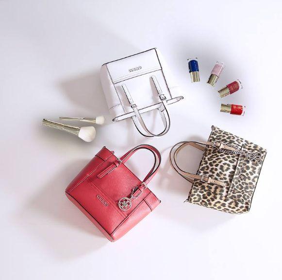 Стильные, компактные и яркие сумочки #Guess станут Вашим любимым аксессуаром!  Удобно и красиво!   #SS15 #SpringSummer2015#MyGuess #GuessGirl
