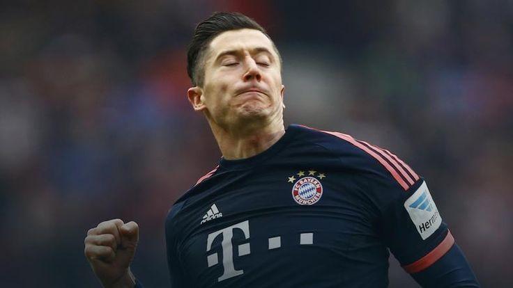 Media: Robert Lewandowski przedłużył kontrakt z Bayernem do 2021 roku