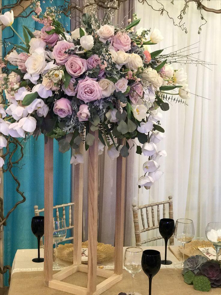 Tall Wood Centerpiece Roses Eucalyptus and Orchids Arrangement Atelier Dual Romania #atelierdual