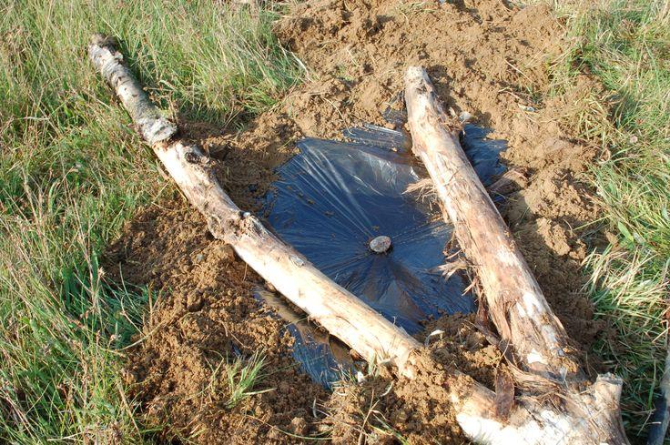 Destylarka ziemna - 4 sposoby na pozyskiwanie wody pitnej | jakprzetrwac.pl
