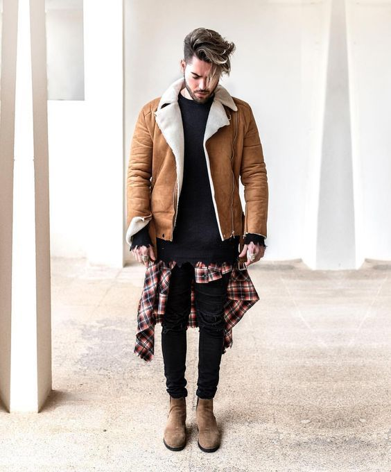 Jaqueta Masculina. Macho Moda - Blog de Moda Masculina: Jaqueta Masculina: 5 modelos que estão em alta pra 2017. Moda Masculina, Moda para Homens, Roupa de Homem, Moda Masculina Inverno 2017, Roupa de Homem Inverno, Jaqueta com Forro de Pelo, Jaqueta de Pelo Masculina, Camisa Xadrez amarrada na cintura, Calça Skinny Preta, Bota Chelsea Marrom