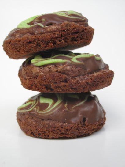 Chocolate Mint Truffle Brownie Bites   CHOCOLATE Addiction   Pinterest