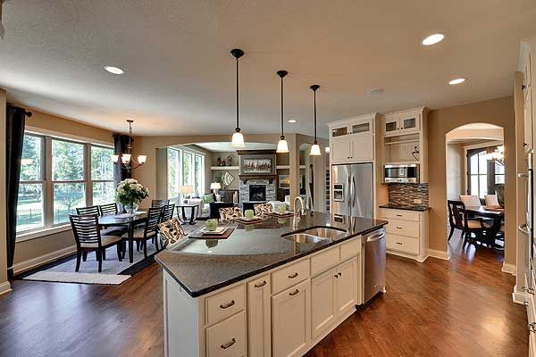 Kitchen to dinette to great room view, Craftsman Jaw-Dropper, 73325HS