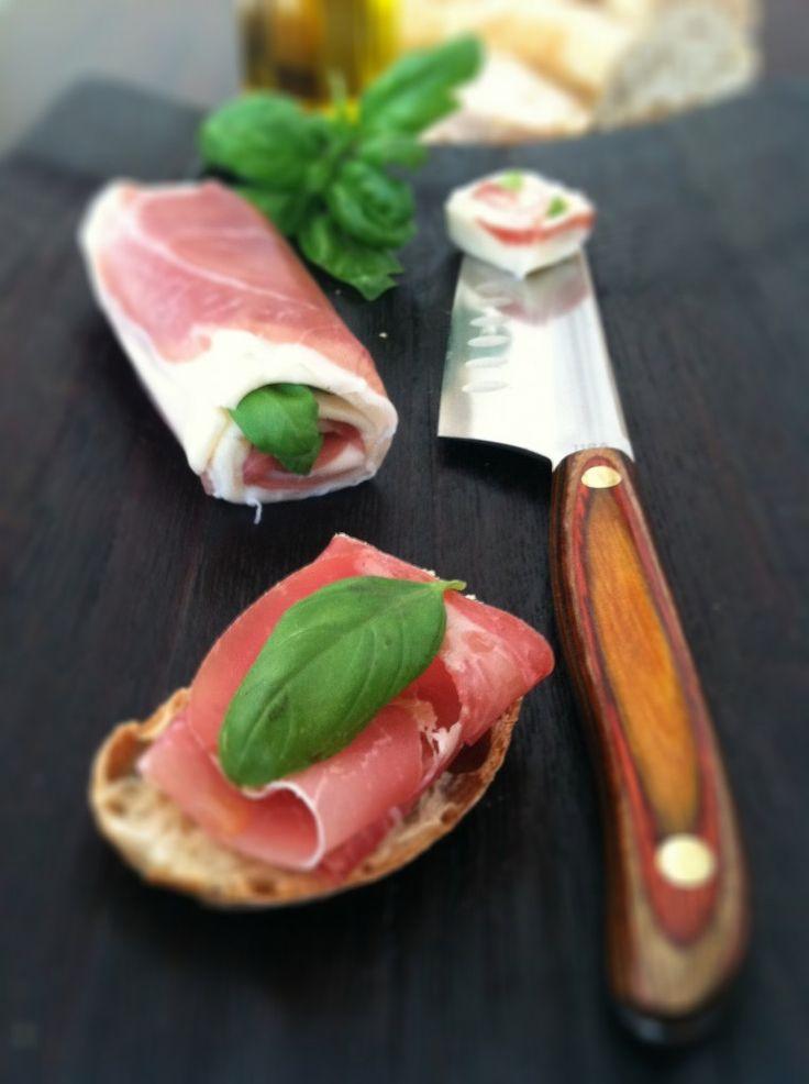 Prosciutto, mozzarella and basil roll