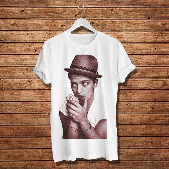 Bruno Mars American Singer T-Shirt, Pop Music  Women T-Shirt (Available Various Color)