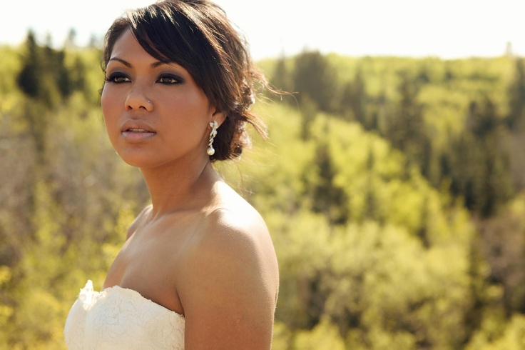 #smokey eye  #bridal, #wedding  Makeup by: Emily Satnik Makeup  www.emilysatnikmakeup.com  Photographer: Cassie's Camera